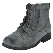 Calzado de niña Botas, botines de color principal gris