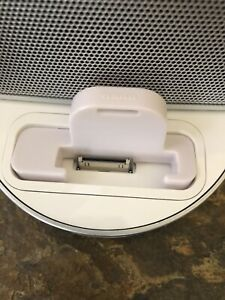 White Bose SoundDock Portable Dock Adapter For iPod Nano 1st or 2nd Generation