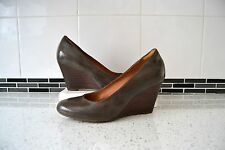 "STUNNING NEW CLARK`S ""ELSA PURITY"" MUSHROOM PATENT/LEATHER LINED SHOES UK 5.5"