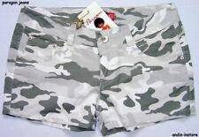 Damen-Shorts & -Bermudas im Freizeit-Stil mit Camouflage Normalgröße