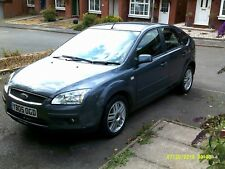 FORD FOCUS 1.6   GHIA  AUTOMATIC please read  sold as spares or repairs