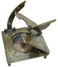 Sonnenuhr- Kompass im Antikdesign, brüniert
