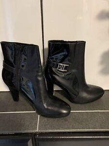 Ralph Lauren Fayanna II Bk Nappa/ Pat.Leather Side Zip Boots Womans Size 8.5