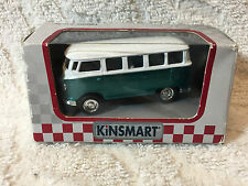 Kinsmart - Collectible Die Cast  VW Camper 1:32 Scale