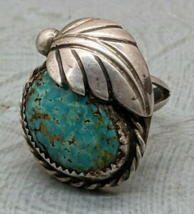 Lovely Rare Vintage Navajo Native American Sterling Silver Turquoise Ring B52