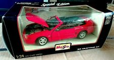 Maisto '94 Ford Mustang GT Convertible 1:24 Diecast ModelRed Boxed Used VGC