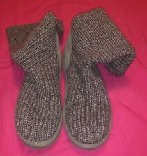 Womans Ugg 5649 Gray Sweater Slip-on 2 Button Boots Size 6