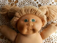 Cabbage Patch Doll 1982 Xavier Roberts Blue Sig Green Eyes Plastic Face Dirty