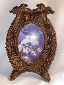"""Nice Oval Picture Frame Palm Trees Front Opening 3.25""""x4.5"""""""