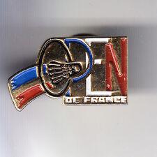 RARE PINS PIN'S .. SPORT CLUB TEAM BADMINTON OPEN DE FRANCE OR ~C1