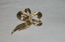 Vintage Bow Pin / Broosh