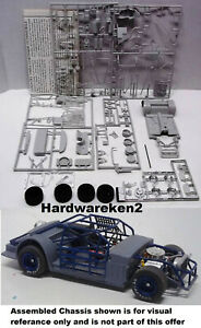 DONOR CHASSIS #3 - RACE CAR PERIMETER ROLLING STOCK CAR CHASSIS KIT -1/25
