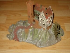 Faller B-4961 Nürburg, Burg, auch AMS, passend zu Bergrennanlage 4971