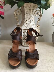 Authentic Giorgio Armani Leather Sandals/ Made In Italy/ 12cm Height/Size 36 1/2