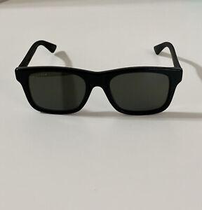 Gucci GG0008S Sunglasses 002 Black / Grey Polarized Lens 53mm