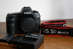 Canon EOS 5D Mark II, Mint Condition, Low Shutter Count