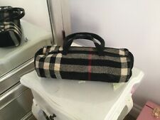 Burberry wool /leather black /white /red Drum bag