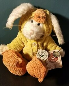 Boyds Bears Graham Quakers White Rabbit Dressed like a Duck Style Spring Easter