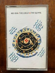 Rouge Boîte Le Cercle Et Le Carré Audio Cassette Audio Album