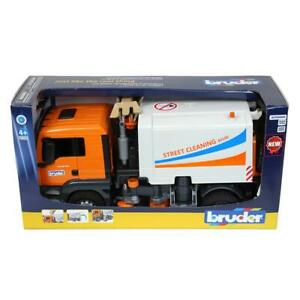 1/16 MAN TGS Street Sweeper by Bruder NEW IN BOX 3780