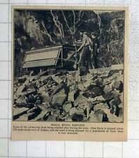1940 Oil Bearing Shale Being Emptied At Glenn Davis Nsw