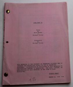 STAR TREK: INSURRECTION / Michael Piller 1998 Movie Script, Patrick Stewart