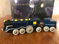 RARE BRIO Battery-Operated POLAR EXPRESS Train ENGINE and TENDER