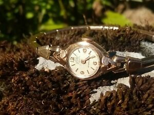 Damenuhr aus Gold 18 Karat 750
