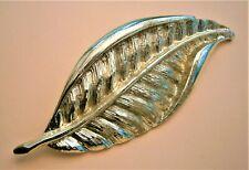 H301:) Vintage light gold tone textured leaf brooch lapel pin