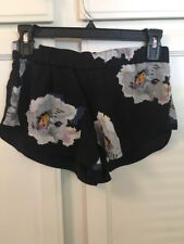Tavik Women Dawson Scalloped Shorts black floral XS size