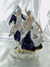 Royal Dux Figur Rokoko Paar Herr begrüßt Dame mit Fächer