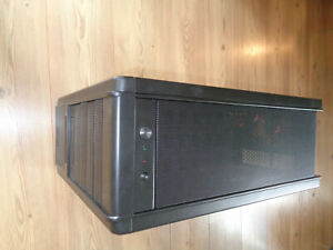 Xigmatek Midgard ATX PC Gehäuse MidiTower USB 2.0 eSATA schwarz - NEU & OVP