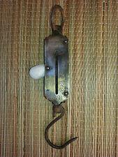 Vintage balance primavera, utensile antico, vecchio mestiere arte popolare