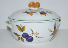Evesham Vale pear handle 3 Qt Round Casserole New Condition Royal Worcester