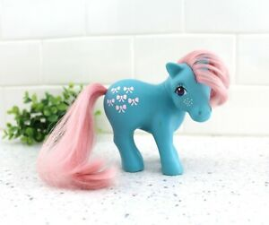 Vintage My Little Pony Blue and Pink Bow Tie Earth Ponies 1983 Hasbro / z145