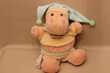 Peluche doudou vache hippopotame bonnet bleu habits jaunes mouchoir Baby Nat'