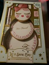 Too Faced Let It Snow, Girl! Eyeshadow Bronzer Face Palette Holiday Gift Set