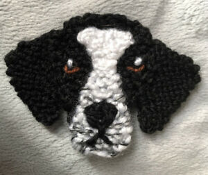 ENGLISH POINTER KNITTED BROOCH