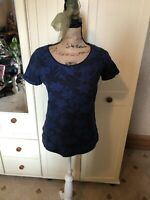 FAT FACE Ladies Navy Blue Floral Short Sleeve Textured T Shirt Top Size 10