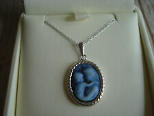 14K White Gold and Blue Stone Mother and Child Cameo Pendant Necklace Italy