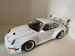 Porsche 911 Gt2 Racing Versión 1:18 Ut Models Maqueta Coche Street Diecast