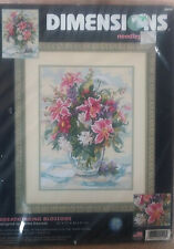 "new Dimensions Breathtaking Blossoms Needlepoint Kit 2499 12 x 16"" Day Lillies"