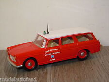 Peugeot 404 Break Senice Dept Du Var van Eligor France 1:43 *8182