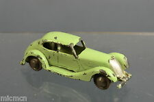 "VINTAGE Britians LILLIPUT MODELLO no.lv 602 BERLINA AUTO ""RARA"""