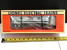 LIONEL 16953 RED WING SHOES FLATCAR WITH TRAILER   OB
