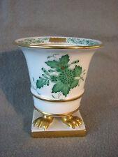 Herend Apponyi grün kleine Vase auf Köwentatzen Höhe 8 cm