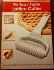 Pie top pastry lattice cutter