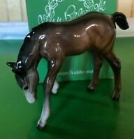 BESWICK HORSE FOAL GRAZING MODEL No. 946 VERSION TWO  BROWN GLOSS FINISH BOXED
