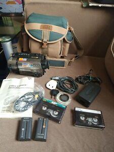 Sony PAL CCD-TR516E PAL HI8 8mm Video8 Camcordr VCR Player Video Transfer BUNDLE