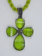 AMAZING STERLING w/ 10 CT PERIDOT CHECKERBOARD CUT CROSS PENDANT NECKLACE